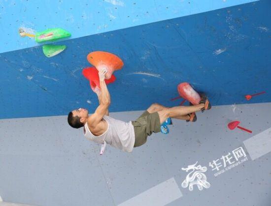 6月10日,第十三届全国运动会群众比赛攀岩项目重庆选拔赛在重庆华岩壁虎王国家攀岩示范公园举行。记者 刘嵩 摄