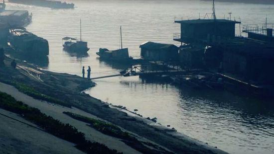 由汤唯主演的影片《黄金时代》曾在江津区白沙镇朝天嘴码头取景