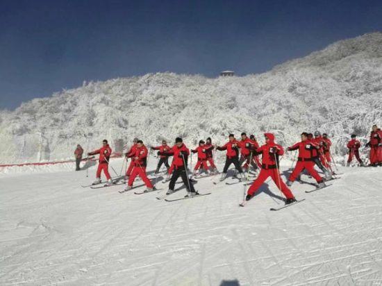 金佛山滑雪场