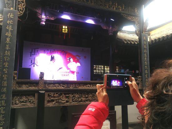 图为湖广会馆戏曲展演。摄影 刘贤