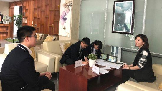 《青年领袖训练营》课上。(图片由重庆市鲁能巴蜀中学提供)
