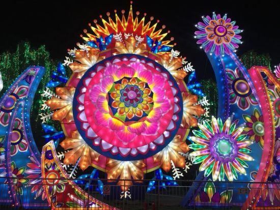 自贡灯会的灯饰照片 自贡旅发委供图