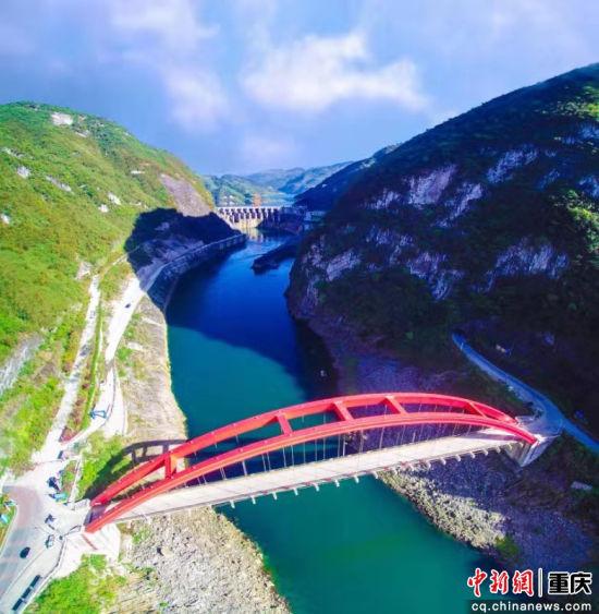 """""""桥都""""重庆的桥 王云飞摄"""