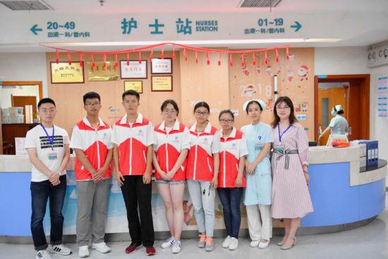 图为活动走进重庆医科大学附属儿童医院。主办方供图