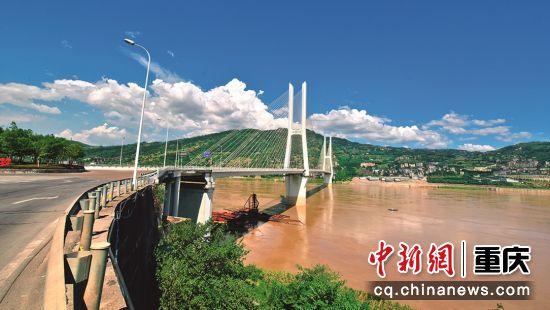 涪陵水路交通生机勃发。