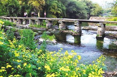 铜罐驿镇滨河休闲健身步道