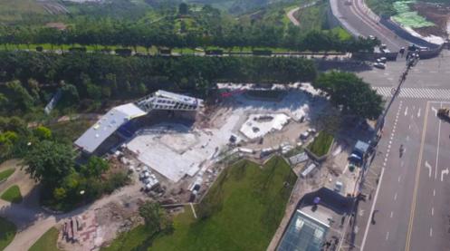 云尚花林南区入口建设中