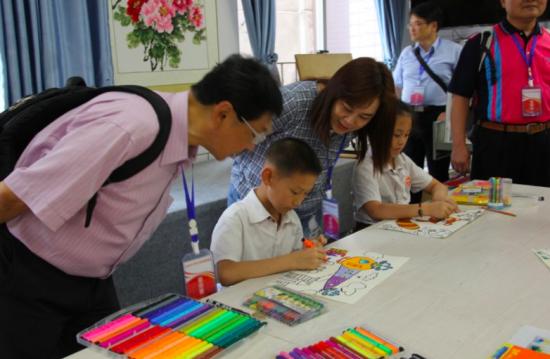台湾台南市中小学校长协会到铜梁区参访。中共重庆市委铜梁区统战部供图