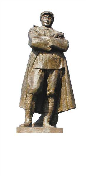 刘伯承铜像