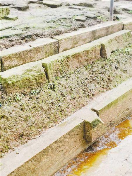 宋代条石和明清条石对比(下部为宋代)。