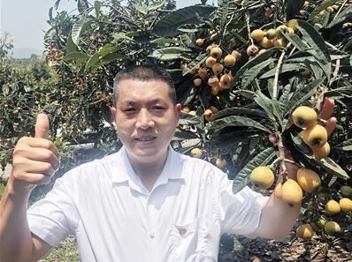全国人大代表、重庆市涪陵区南沱镇睦和村党支部书记刘家奇
