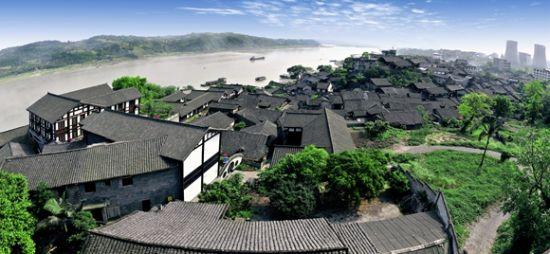 烟波浩渺的松溉古镇。永川区文旅委供图