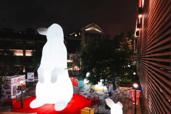 """图为""""巨兔""""展。重庆天地供图"""