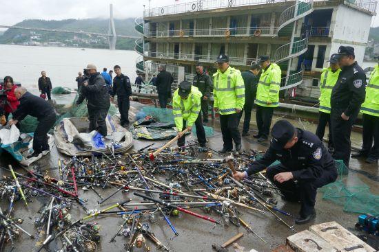 《【恒耀平台代理怎么注册】重庆涪陵区集中销毁禁用渔具》