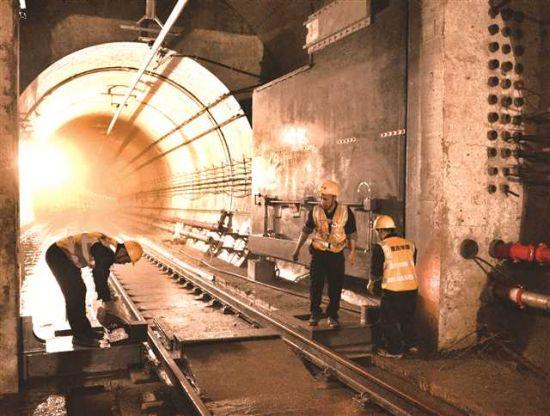 地下交通建设