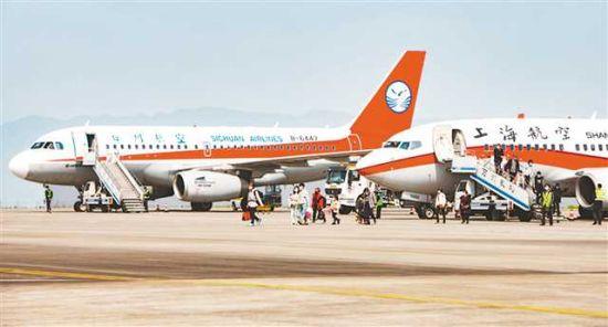 《【恒耀代理主管】万州机场年旅客吞吐量再次突破100万人次》