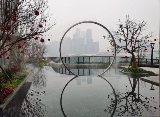 """位于重庆万科科翡翠都会里的""""天空之境""""拍摄地。"""