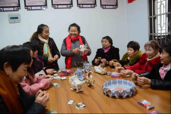 """《【恒耀代理平台注册】重庆开州:探索""""三员""""工作制度,实现党建赋能社区治理》"""