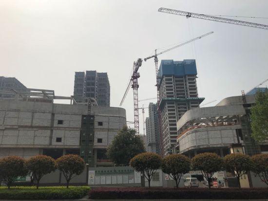 图为华宇城在建商圈。衡渝茜 摄