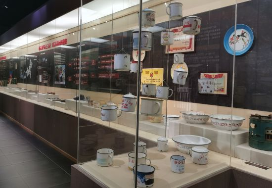 图为巴渝民俗博物馆《三线建设在渝北历史展》。巴渝民俗博物馆供图