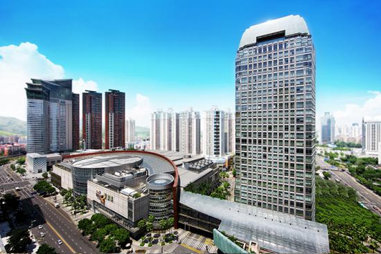 图为华润置地商业地产第一个万象城——深圳万象城。图源 华润置地官网