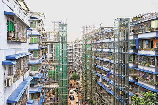 九月十五日,渝北区双龙湖街道龙顺街社区旺瑞小区改造现场。改造完成后,将引入新的物管公司。记者 万难 摄\视觉重庆