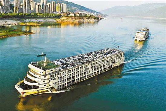 三是航运结构调整稳步实施,建成三峡船型148艘,全市船舶运力达到750万