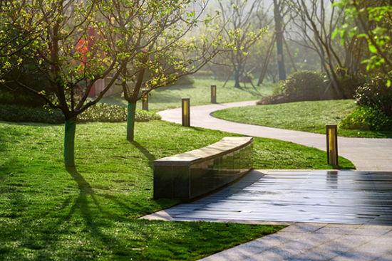 园林式小区带给人安逸闲适的居家体验