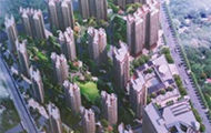 小區建成兩年不交房 開發商:賣虧了 買家要補錢