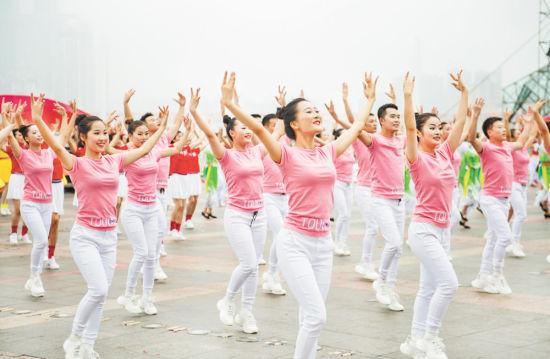 2019广场舞排行_淘宝40万年薪招60岁以上员工 广场舞领袖优先录取
